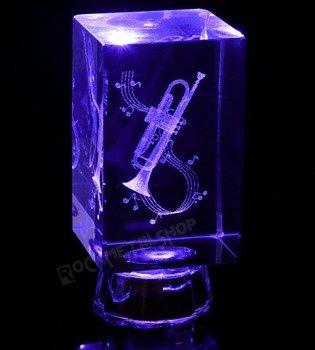 lampka / figurka podświetlana TRĄBKA z kryształu