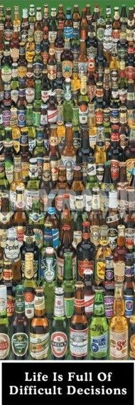 plakat na drzwi DIFFICULT DECISIONS - BEER BOTTLES