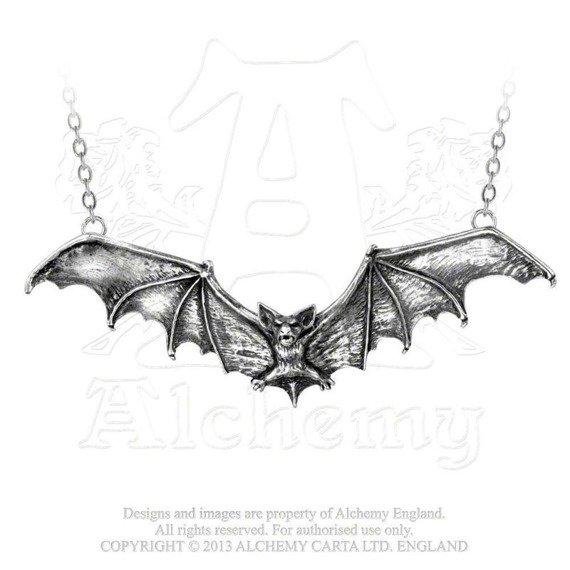 wisior GOTHIC BAT
